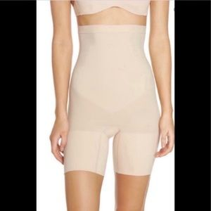DISPLAY SPANX Higher Power Shorts Nude M *flaws*